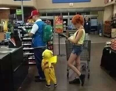 Awesome family Pokemon costumes
