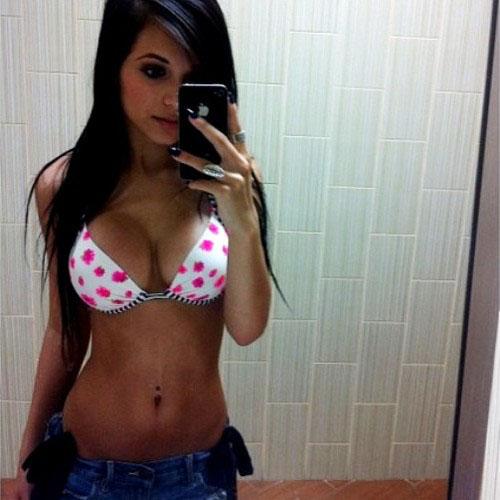 bikini-selfies-33