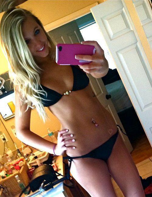 bikini-selfies-36