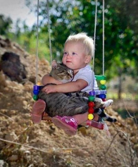cute-kid-and-cat-02