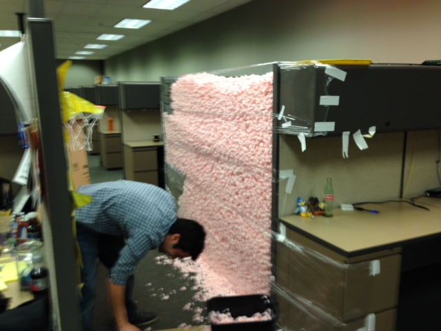 Great way to prank your co-workers, plenty of packing foamy-thingies
