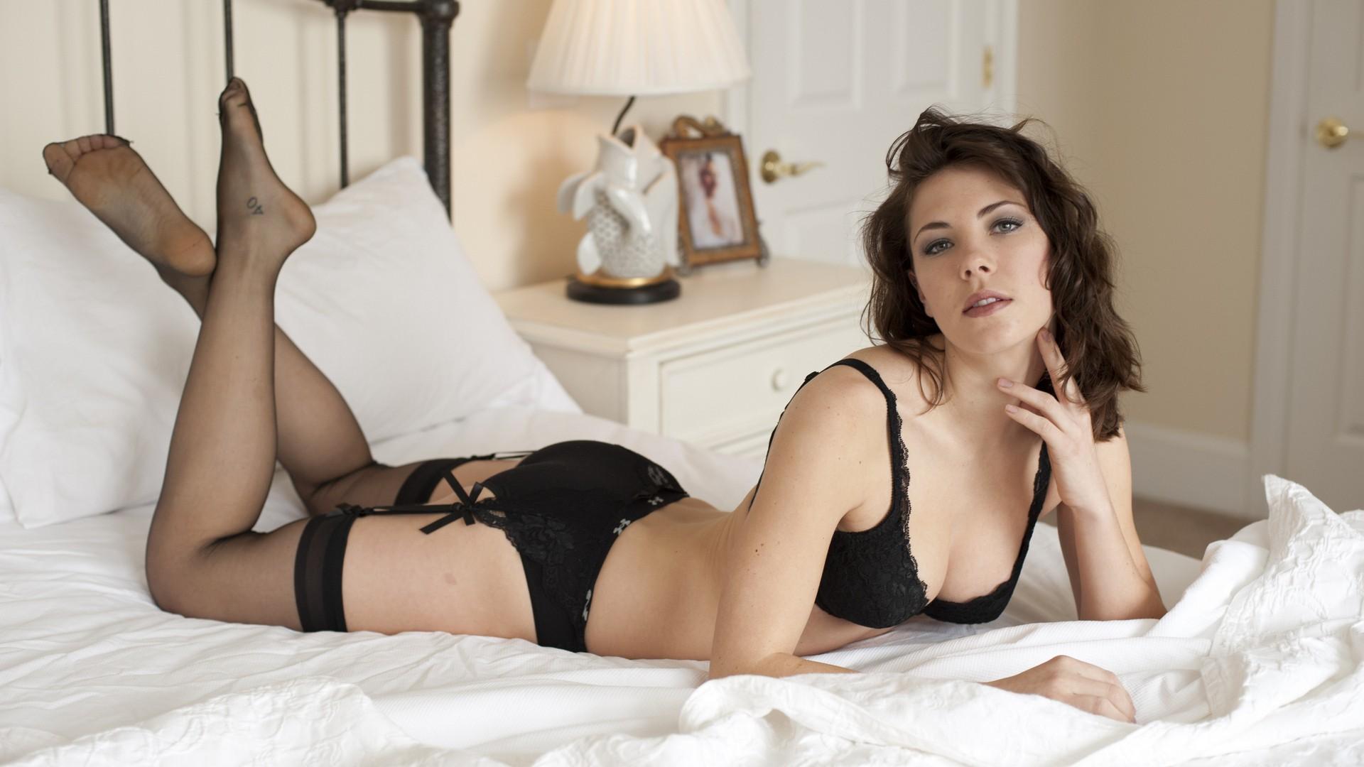 Super hot girls in lingerie