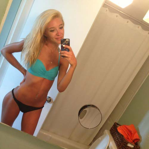 bikini-selfies-24
