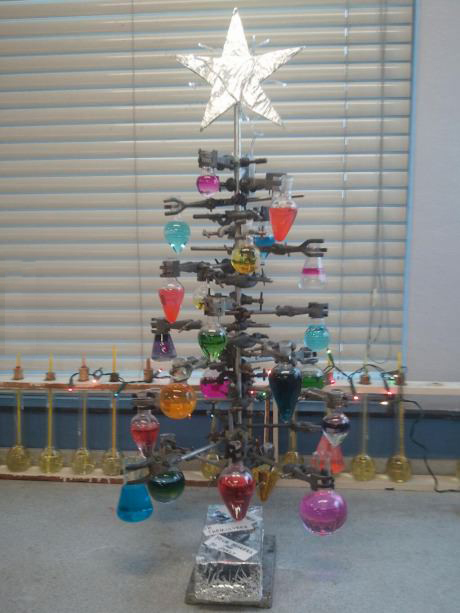 An awesome lab Christmas tree!